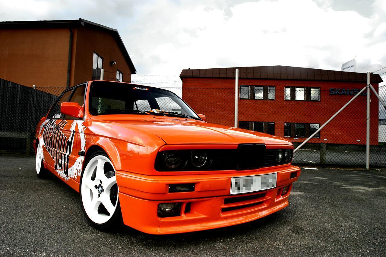 http://4.bp.blogspot.com/-wpDlrYBBlGg/TkJiJ3vHjyI/AAAAAAAADKo/Olqs27J5V9w/s1600/BMW-E-30-.jpg