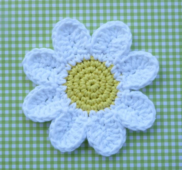 Whiskers & Wool: Daisy Coasters - Free Pattern