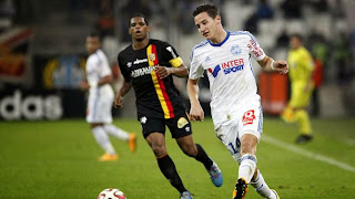 Football - Ligue 1 : Marseille écrase Lens !