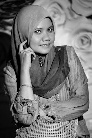 SaRa Shah aka Madam