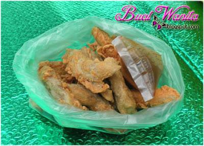 Keropok lekor celup tepung. Makanan Sedap Best Terengganu Mesti Cuba Rasa. Makanan Sedap Best di Terengganu Mesti Beli.