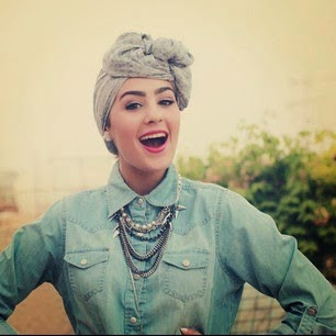 Model Hijab Style Turban ala Blogger Wanita Kuwait Terbaru 2014