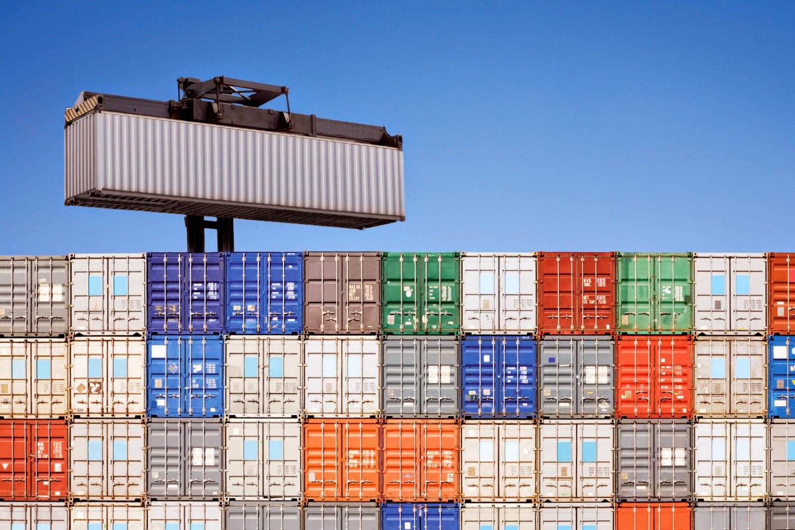 La Burocrazia nell'importazione costa all'Italia 6,4 mld di euro