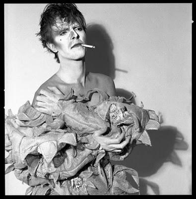 David Bowie fotografato da Brian Duffy