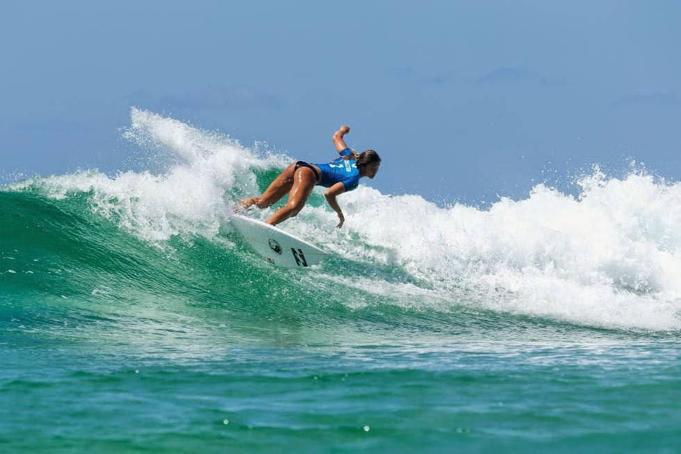 45 Roxy Pro Gold Coast 2015 Alessa Quizon Foto WSL Kelly Cestari