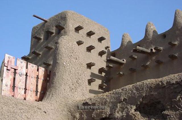 Masjid-Djenne-Mali-Afrika-Barat_4