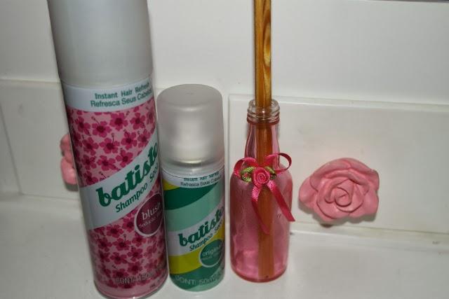 Resenha-Shampoo-a-seco-batiste-floral-frescor-classico-tradicional