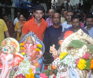 Hrithik Roshan at Ganpati Visarjan Photo Gallery