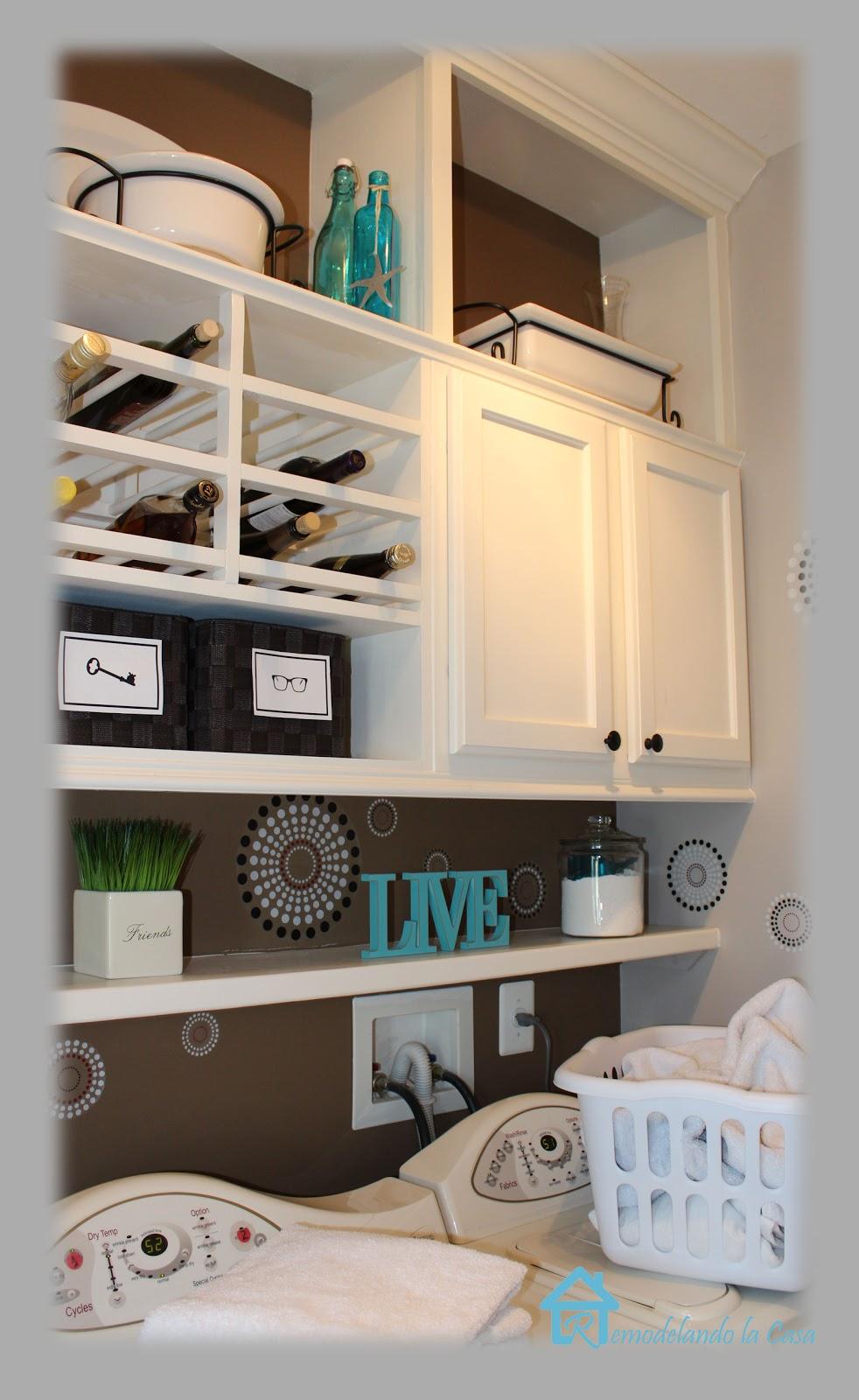 closing the space above the kitchen cabinets remodelando la casa. Black Bedroom Furniture Sets. Home Design Ideas