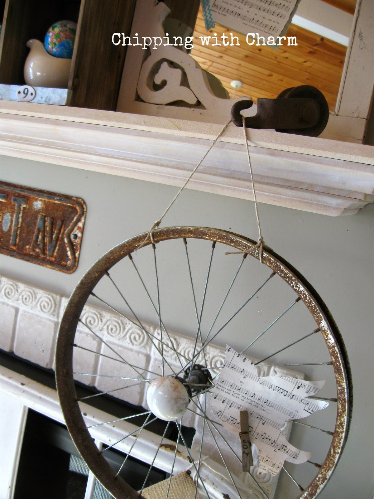 Chipping with Charm:  Spring Mantel, bike rim memo holder...www.chippingwithcharm.blogspot.com