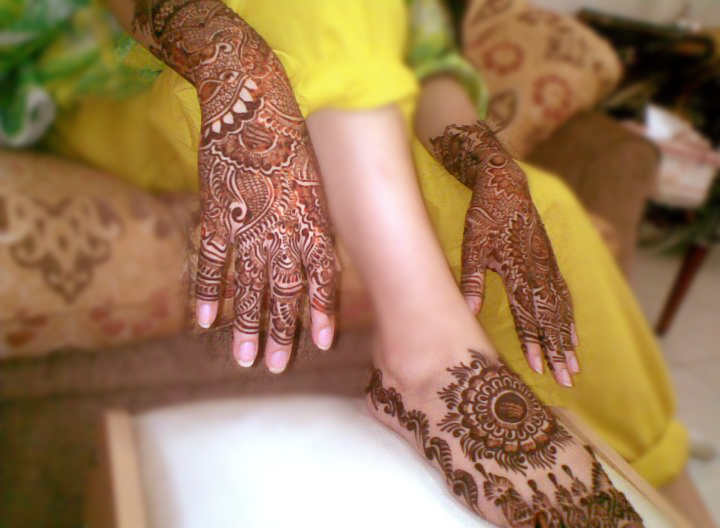 Mehndi+for+brides+www.She9.blogspot.com+%25282%2529 More Circle Mehndi Designs