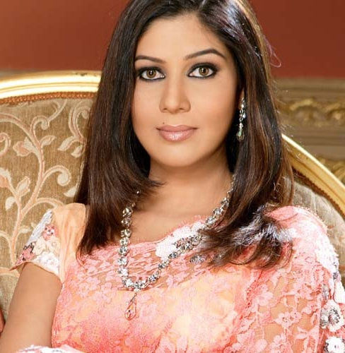 Indian Actress Sakshi Tanwar Cute Pics
