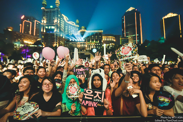 Fans at MTV World Stage Malaysia 2015 Pic 1 (Credit - MTV Asia & Kristian Dowling)