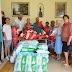 Prefeito Roque visita acolhidos no Asilo São João e, além do carinho e abraço, faz doação de fraldas geriátricas e de kits de material de higiene