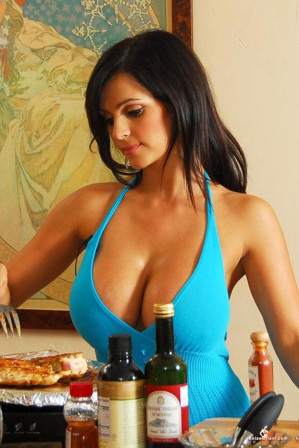 4FunPix Denise Milani On Kitchen Photo Set