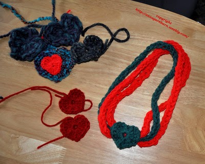 Valentine Necklace Finger Knitting with Crochet Heart