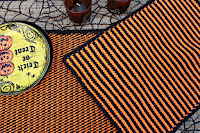 http://olives-n-okra.com/halloween-tunisian-crochet-placemats-tutorial/