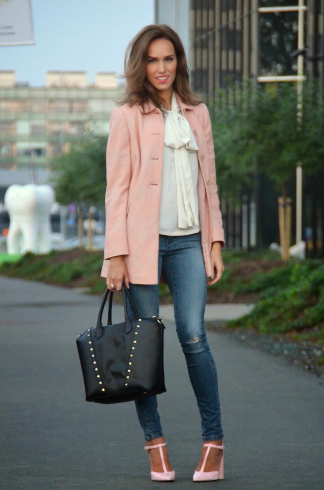asos-bow-blouse-zara-jeans-primark-coat-hm-bag