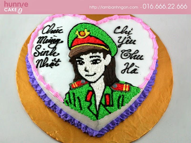 Bánh sinh nhật hình chú công an