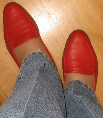 red flats with jeans