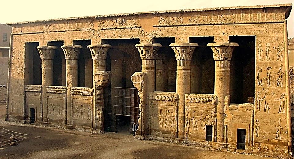 معبد الإله خنوم فى إسنا
