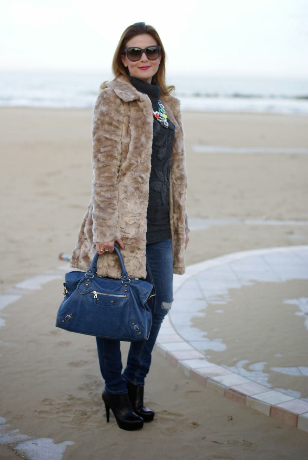 Lipsy faux fur, Balenciaga City bag, Zara skinny jeans, Fashion and Cookies, fashion blogger