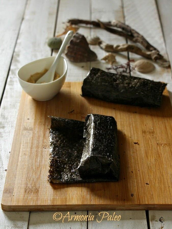 Salmone Arrosto in Cartoccio di Alga Nori di Armonia Paleo