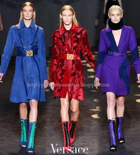 Къси едноредни палта Versace