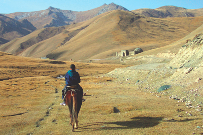 kyrgyzstan tours, kyrgyzstan craft tours, kyrgyz holidays