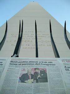 Intervención Empapelando el Obelisco