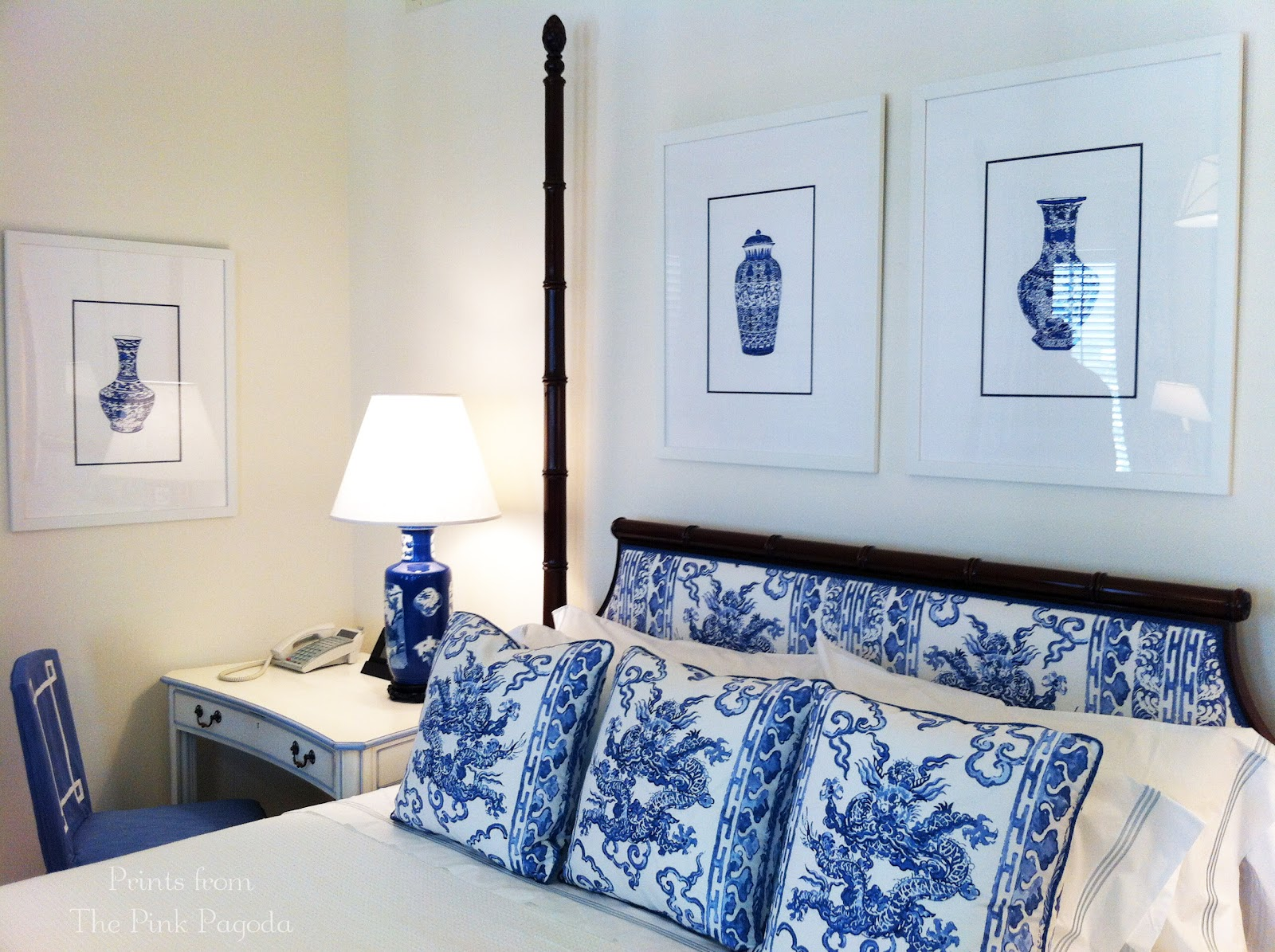 The pink pagoda blue and white monday jim thompson bedroom - Bedrooms in blue and white ...