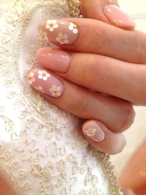 daisy, nail art, wedding, pastel, cute, beautiful, marc jacobs,