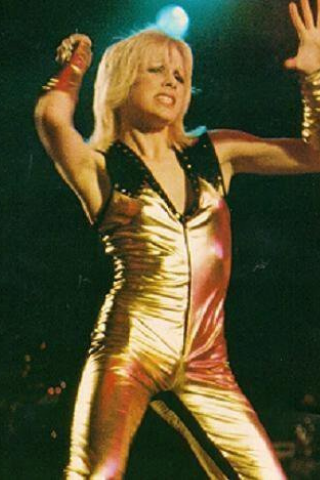 smile at least style inspiration of the moment cherie currie