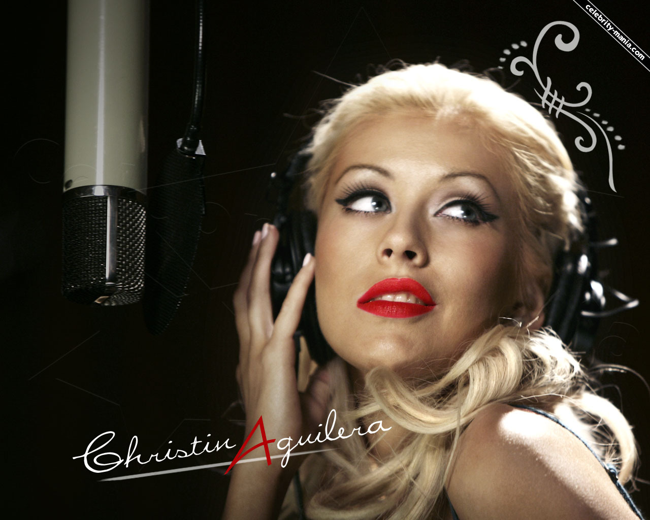 http://4.bp.blogspot.com/-wsue2gaCYmw/TwQxCi8jAnI/AAAAAAAAAkA/WF71CHgYT0k/s1600/Christina-christina-aguilera-982343_1280_1024.jpg