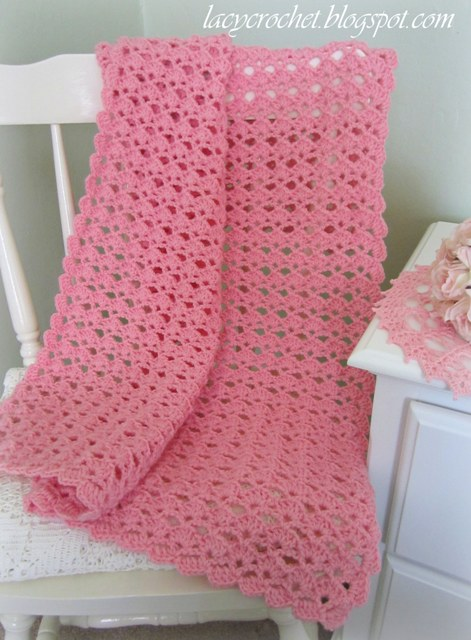 Free Crochet Pattern Lacy Baby Blanket : Lacy Crochet: Lovely Shells Baby Blanket