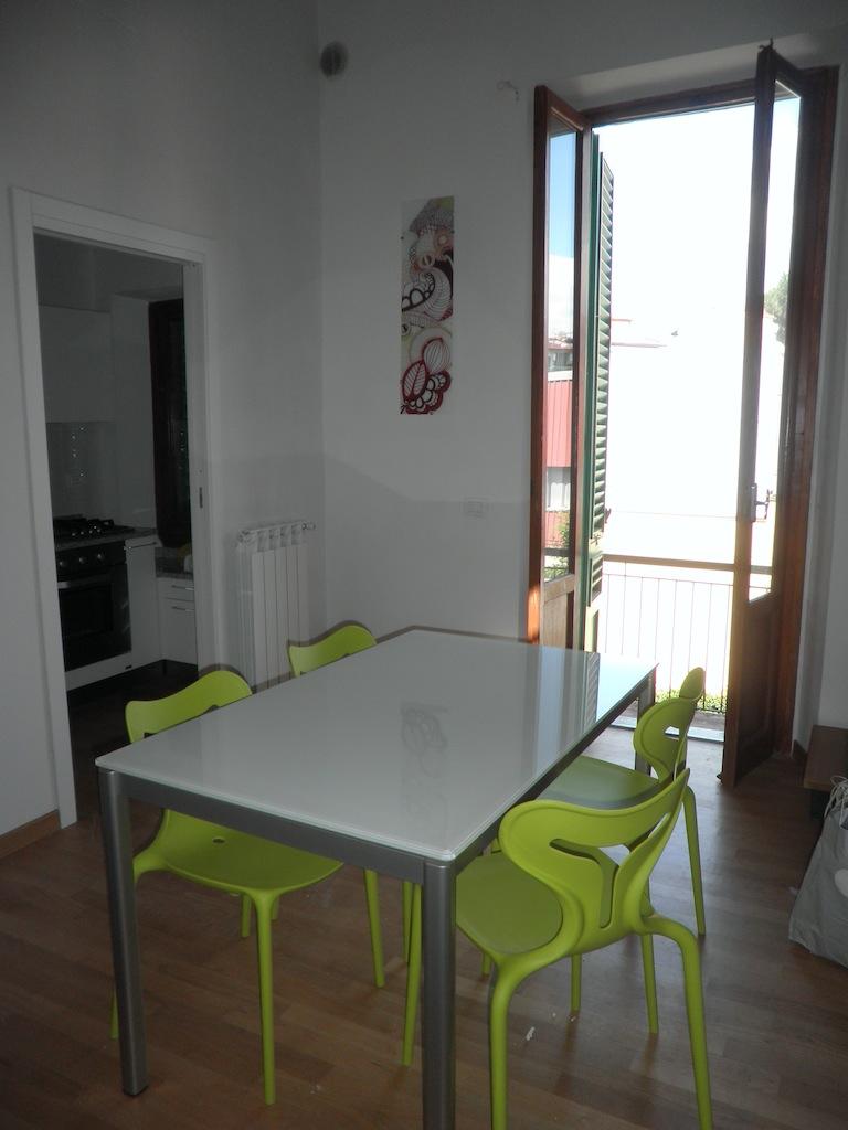 Una Casa Verde Acido: sedie e tavolo Calligaris sono arrivati!