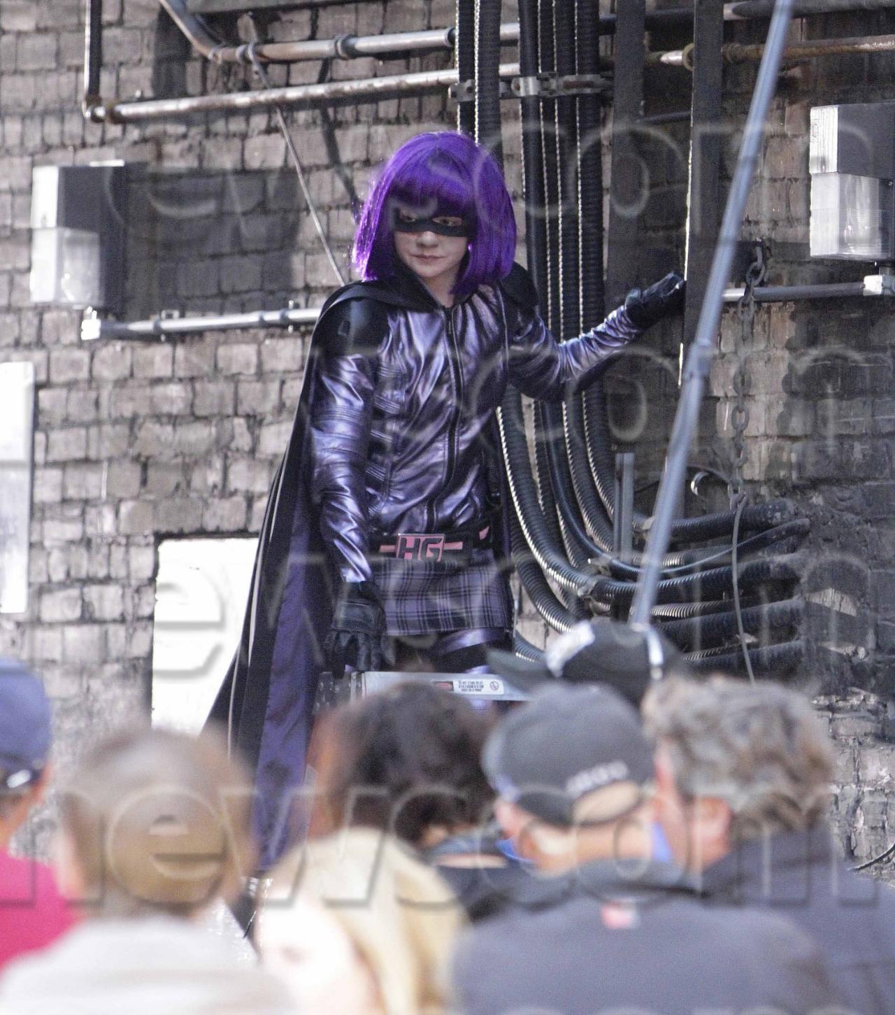 http://4.bp.blogspot.com/-wtN8T1pOFhg/UFj4XbX0K4I/AAAAAAAAIk4/Cu9gsiCNghI/s1600/hitgirl-kick-ass-2-costume.jpg