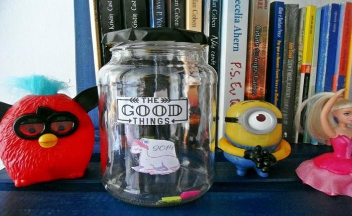 Jar of good things, potinho da felicidade, papeizinhos, dreams, estante, minion, barbie, furby, mc donalds