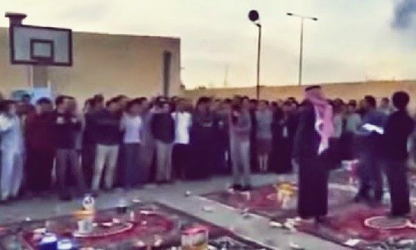 Video 500 Pekerja China Memeluk Islam