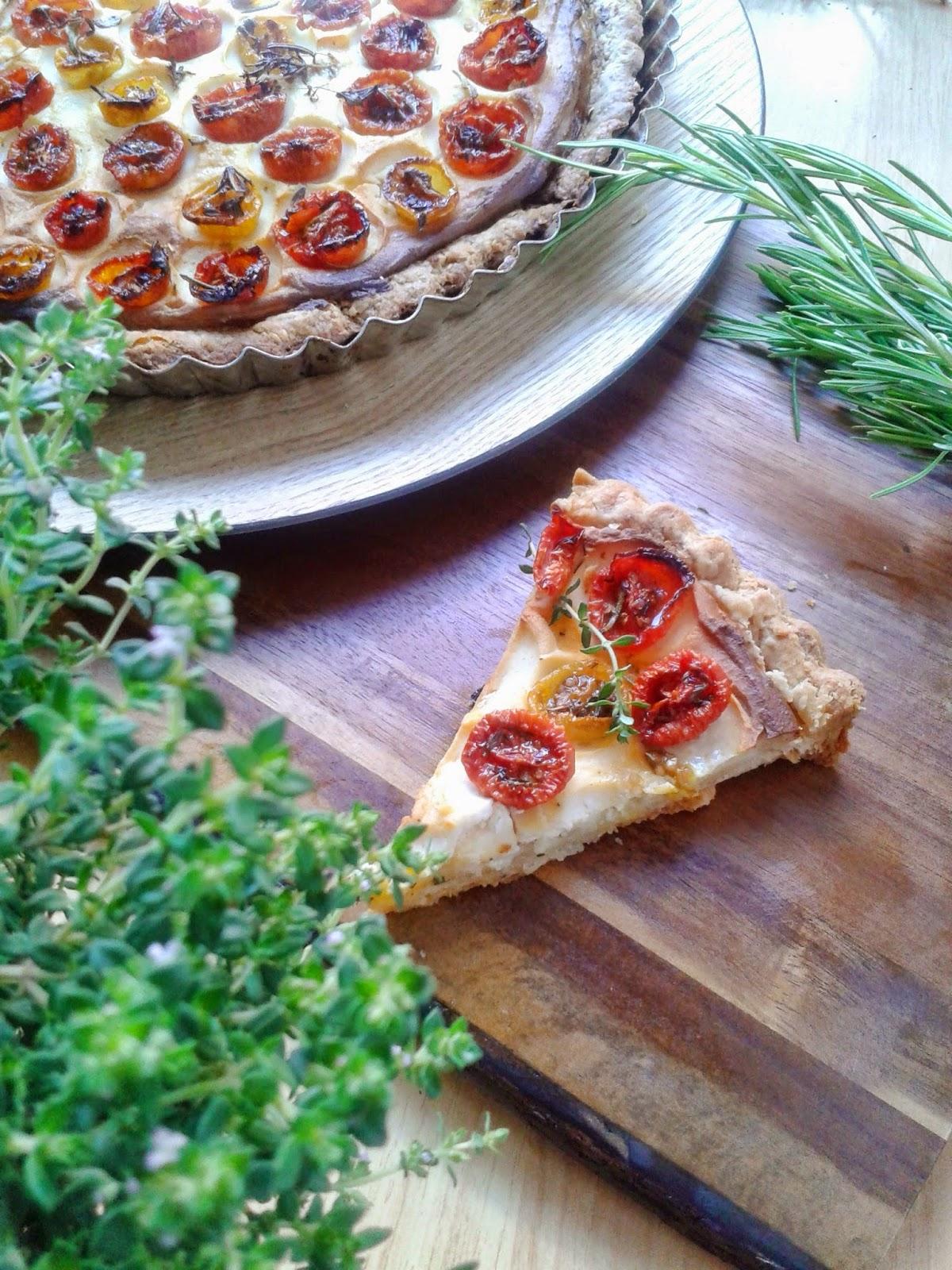 tarta de ricotta tomates cherry y hierbas aromaticas