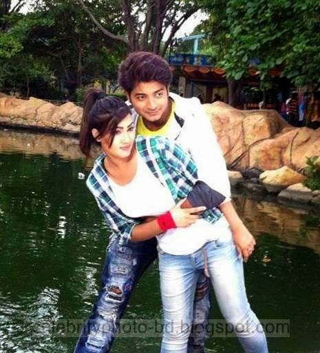 Mahiya+Mahi+and+Bappy+Chowdhury's+Some+Romantice+Hot+Photos+Latest+Collection+From+Bangla+Movie+Honeymoon+(2014)003