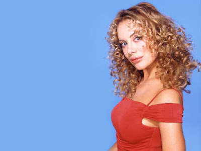 Xenia Seeberg Lovely Wallpaper