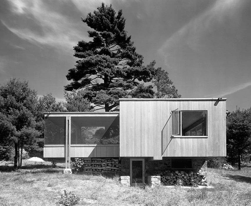 Aujourd hui val ry chamberlain cottage by walter gropius and marcel breuer - Marcel breuer architecture ...