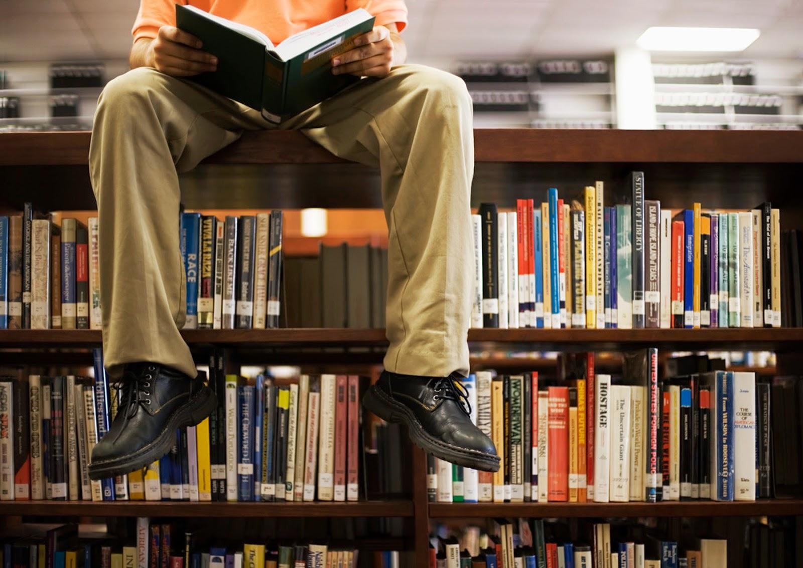 Обучение начинающих менеджеров начинается с чтения - для осмысления имеющегося опыта
