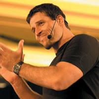 Anthony Robbins Motivation Guru