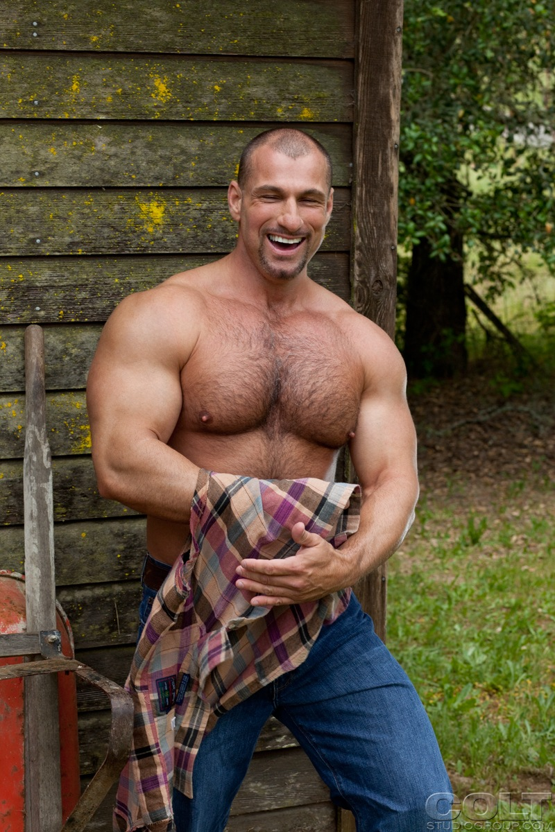Hairy Dads: Shay Michaels Is Back And Hes Bulked It Up