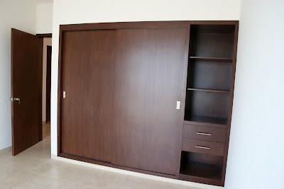 Puertas cl set y cocinas en madera catalogo de cl set for Puertas corredizas para closet