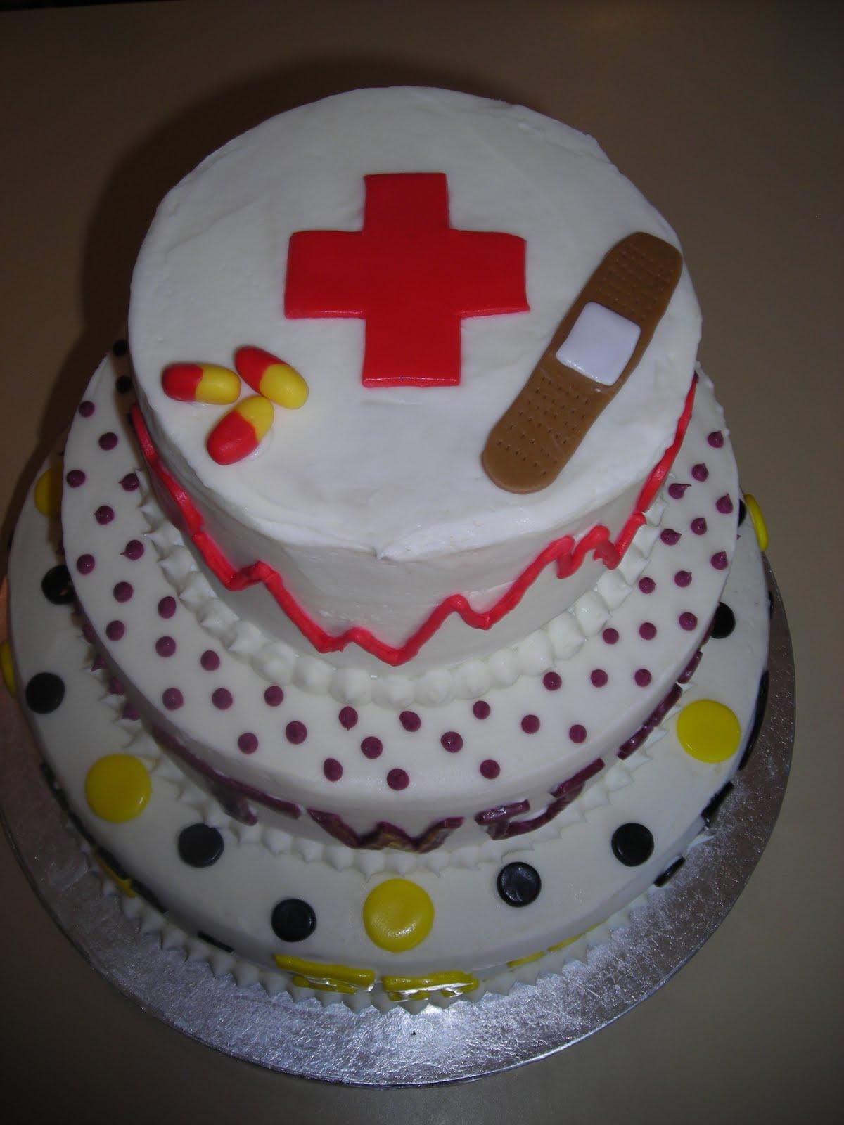Pattycakes Custom Graduation Cake