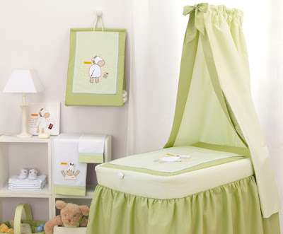 Furniture  Baby Room on Essentials In Baby Nursery Furniture   Baby Nursery Ideas   Zimbio