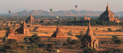 Attractions in Bagan with hot temperature
